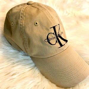 [Calvin Klein] Khaki Logo Hat